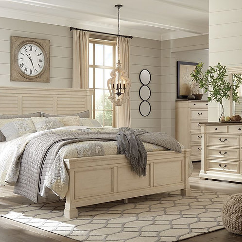 Bolanburg - Two-tone - 5 Pc. - Dresser, Mirror & Queen Louvered Bed
