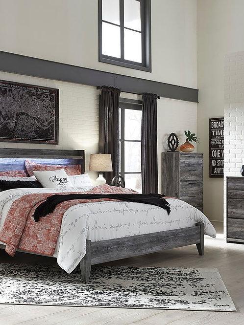 Baystorm - Gray - 6 Pc. - Dresser, Mirror, King Panel Bed & 2 Nightstands