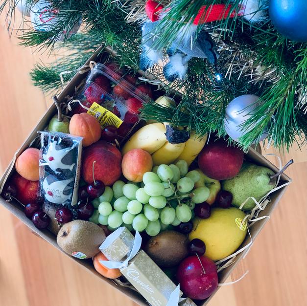 $60 Fruity festive hamper