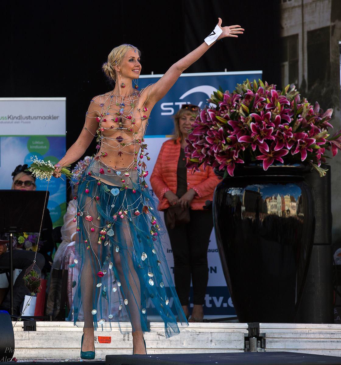 Цветочное платье 2016