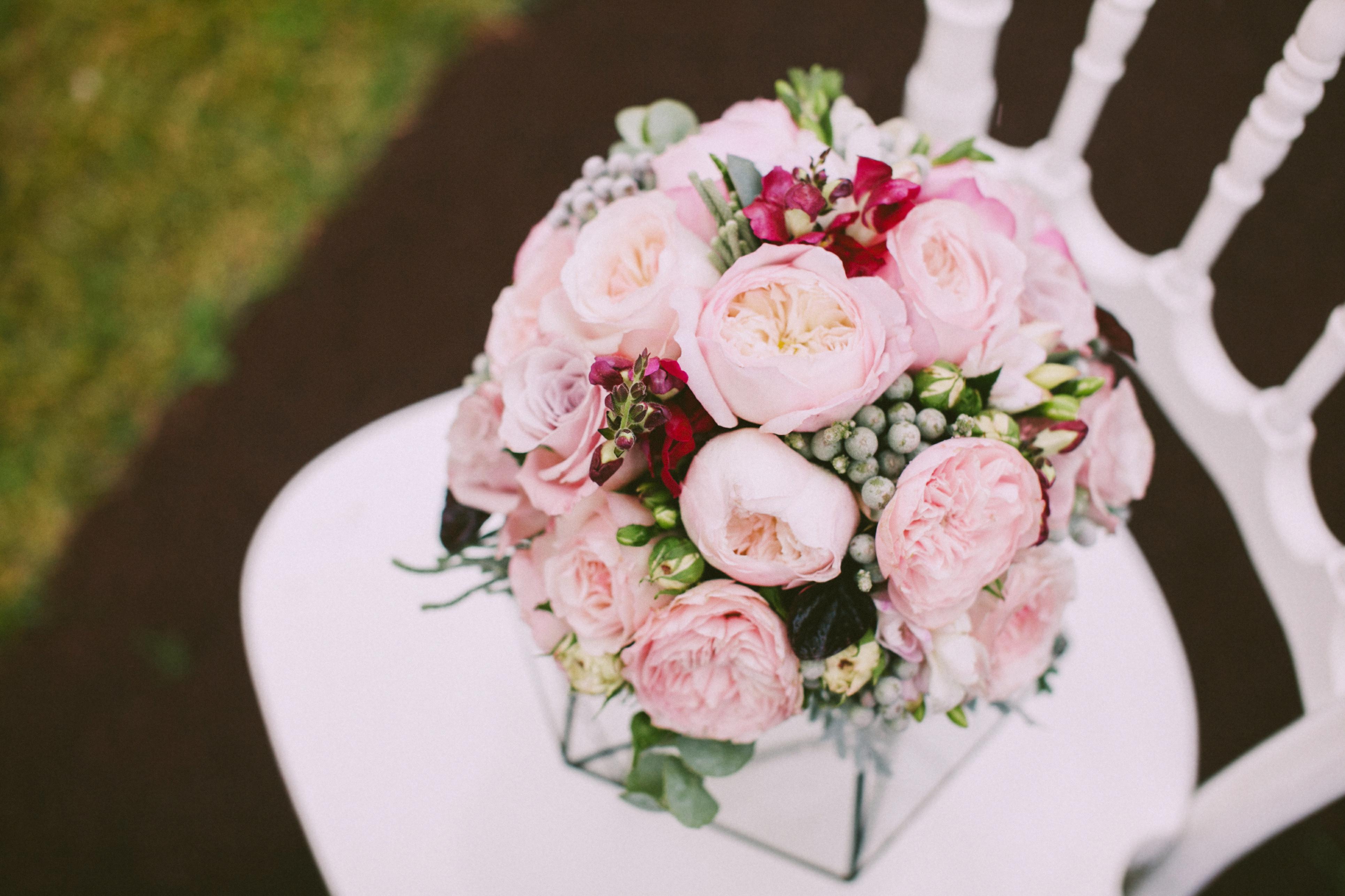 Букет невесты в пастельных тонах