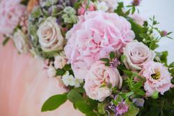 Розовая гортензия и роза мента