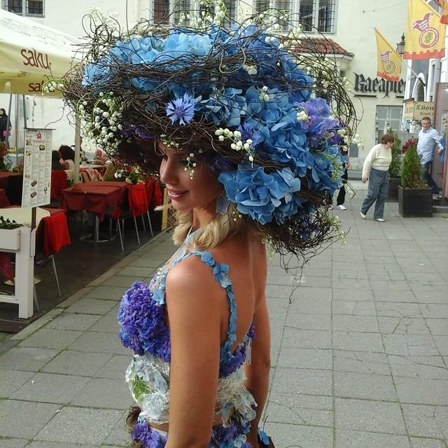 Цветочная шляпа Флорист Илона Верис