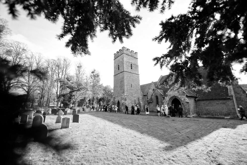 050 Guests arrive at Church.jpg