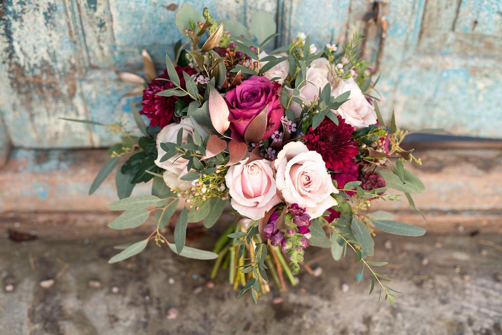043 The bride's bouquet at Lemore Manor.