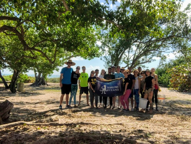 January Beach Cleanup with Debris Free Oceans