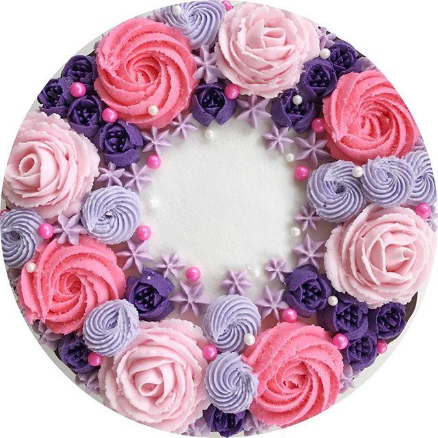 💜💕💖💜💘💗 #bakedbyjordan #cakestagram #cupcakesdaily #cupcakesofinstagram #passion #creative #des