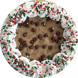 I wonder if Santa is going finish this giant 12_ homemade chocolate chip cookie_!🎅🏻🎄✨❤️❄️ Merry C