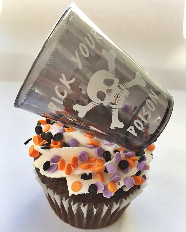 Text 518-932-7200 #bakedbyjordan #cake #cupcake #halloween #halloweendes