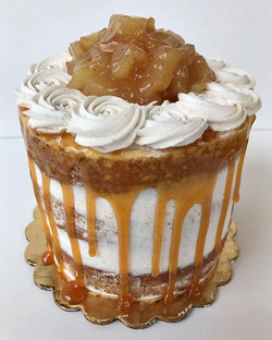 The apple of my eye!!😍😋 5_ triple layer caramel apple naked cake🍎 #bakedbyjordan #cake #cakes #cu