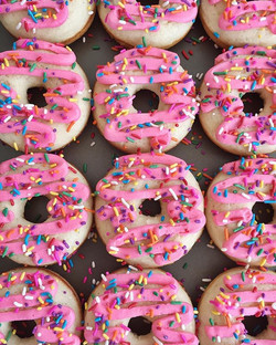 I donut about you but I love Saturday mornings!💕🍩 #bakedbyjordan #cake #cupcake #cakes #cupcakes #