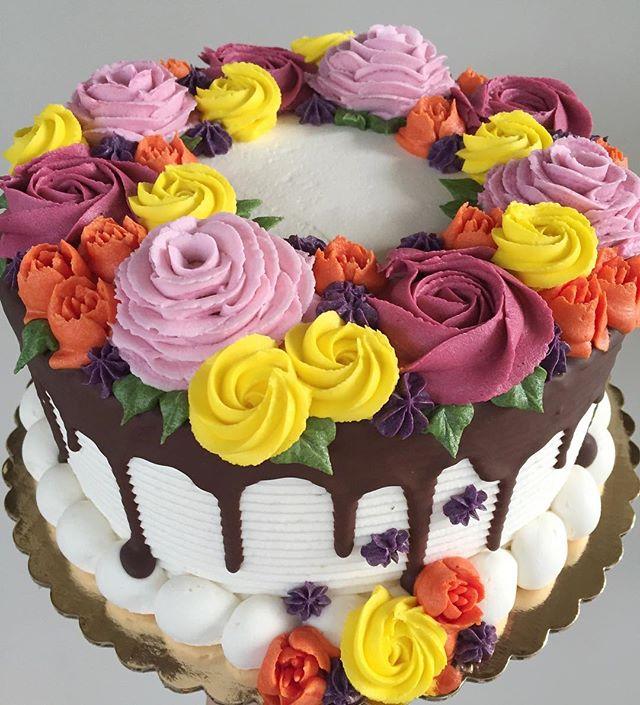 🌼🍂🍁🌿🎃 #bakedbyjordan #cake #cupcakes #bake #baker #baking #homemadebaking #cakes #cupcakes #oct