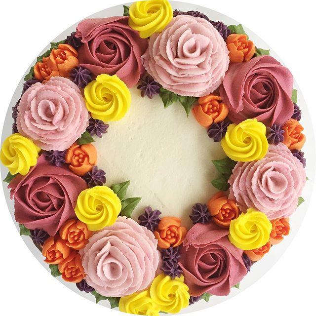 🌼🍁🍂🌿🎃 #bakedbyjordan #cake #cupcake #bake #baker #baking #homemadebaking #birthdaycake #cupcake