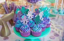 Evie turned one!! And had the cutest over the top under the sea birthday party that I was asked to b