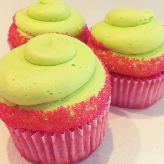 cosmo cupcake.jpg