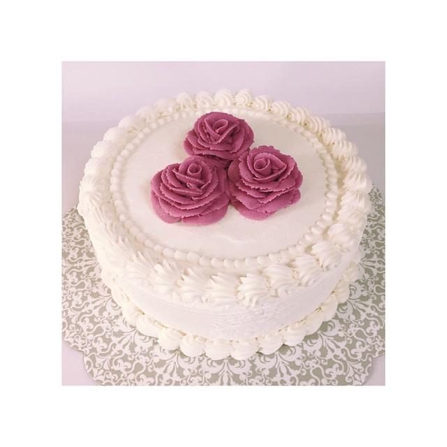 pretty pink cake.jpg