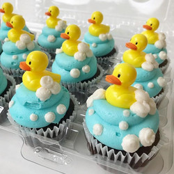 💙 sweetest baby shower cupcakes EVER!!