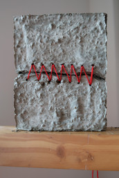 Yarn, concrete mixture   19.5x15.5x4.5cm - 2019