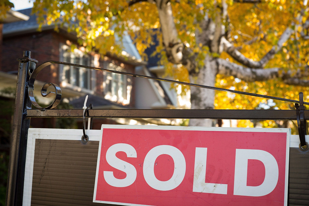 fall house, sold sign, home sold