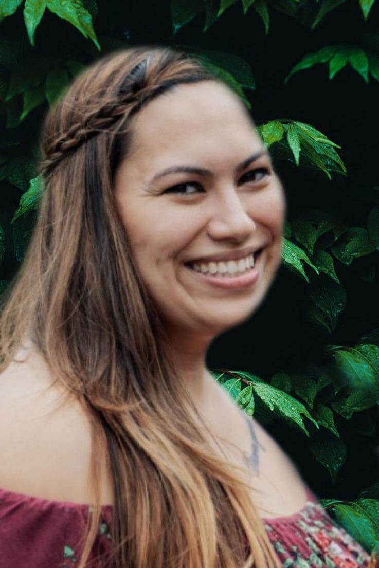 Social Media Coordinator | Desiree