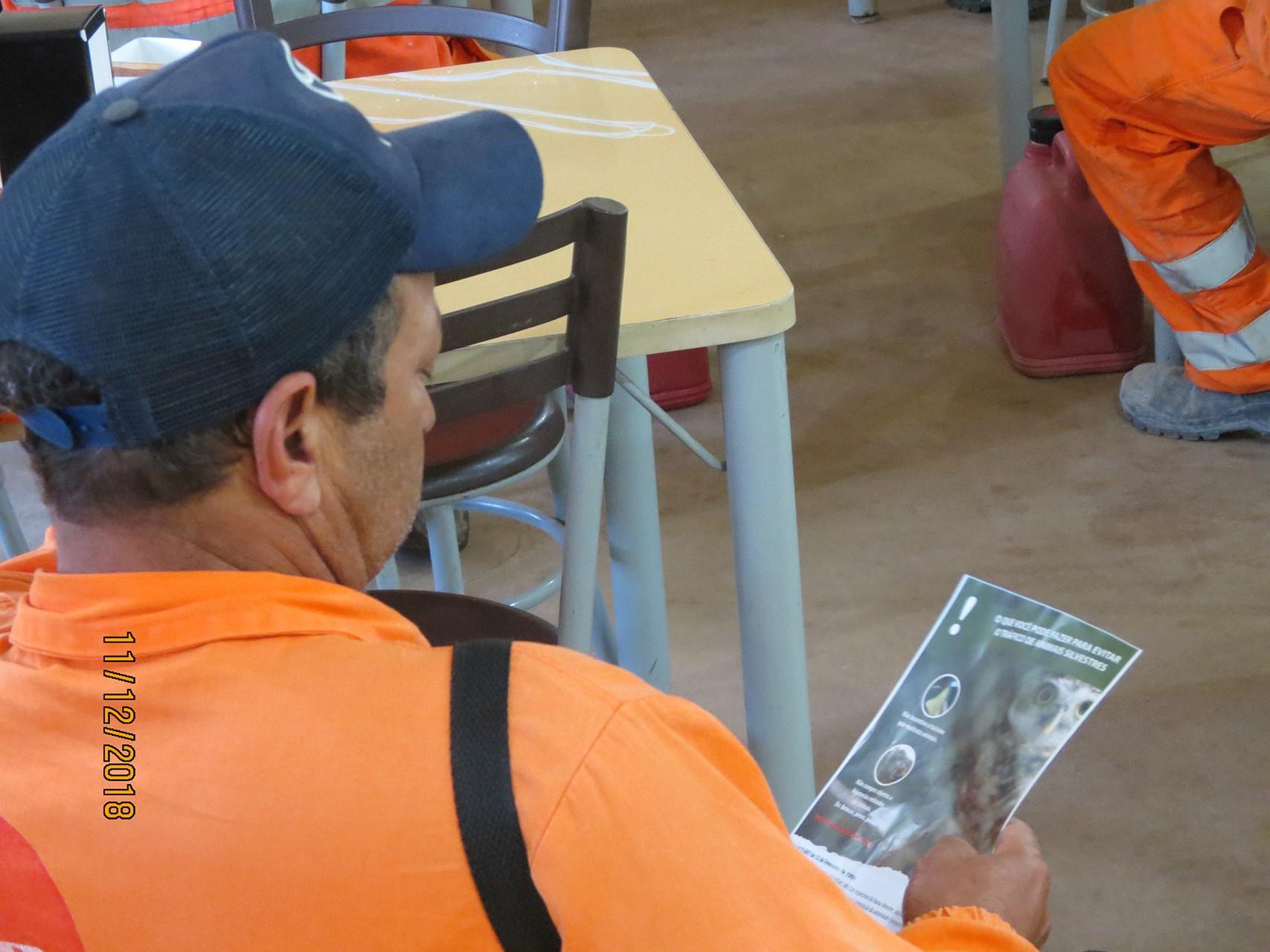 Atividade realizada com operários das obras.