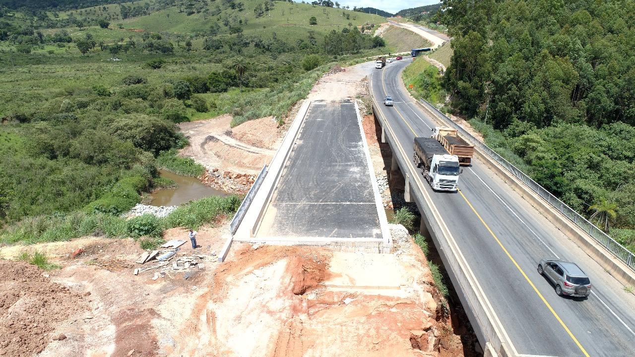Ponte Rio Vermelho
