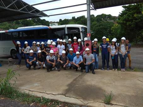 Obras da BR-381 recebem estudantes de engenharia para visita técnica
