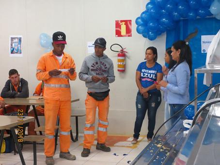 Secretaria de Saúde promove ação do Novembro Azul com operários