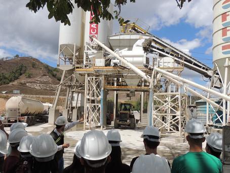 Consórcio construtor recebe alunos em visita técnica às obras da BR-381