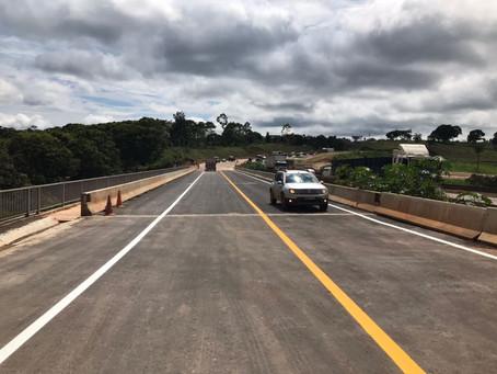 Trânsito é desviado para nova ponte sobre o Rio Vermelho em Nova União