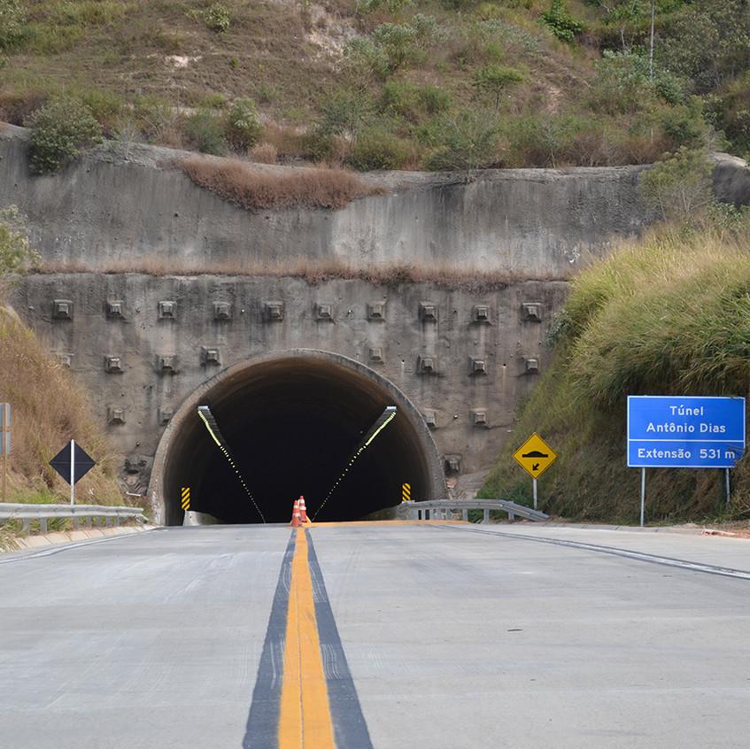 Entrada do Túnel Antônio Dias