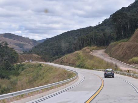 Ministro da Infraestrutura libera 15 km de pavimentação da BR-381/MG