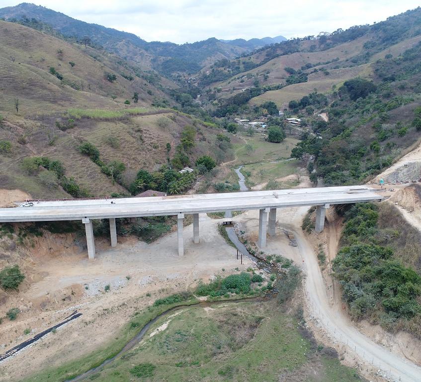 Ponte do Oncinha em Antônio Dias