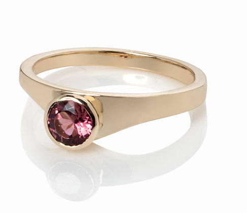 gold tf ring with pink tourmaline