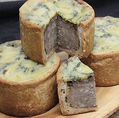 Caramelisedonion chutney and blue Stilton