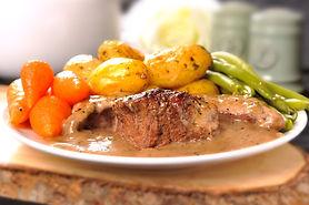 Steak in pepper sauce