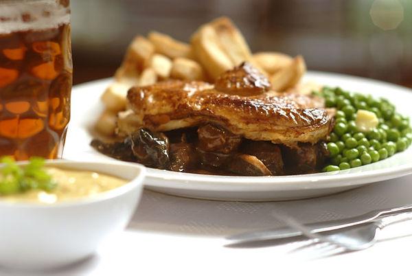 steak_mushroom_pie_large.jpg