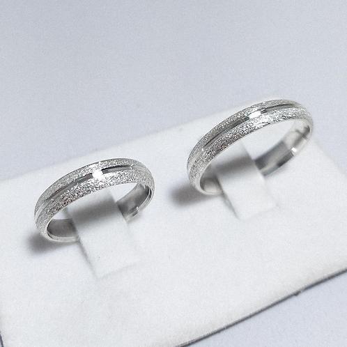 Par de Aliança de Prata (5mm) - Diamantada com Corte central