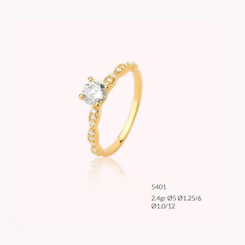 Anel de Ouro 18k - Solitário Queen (Zirconias)