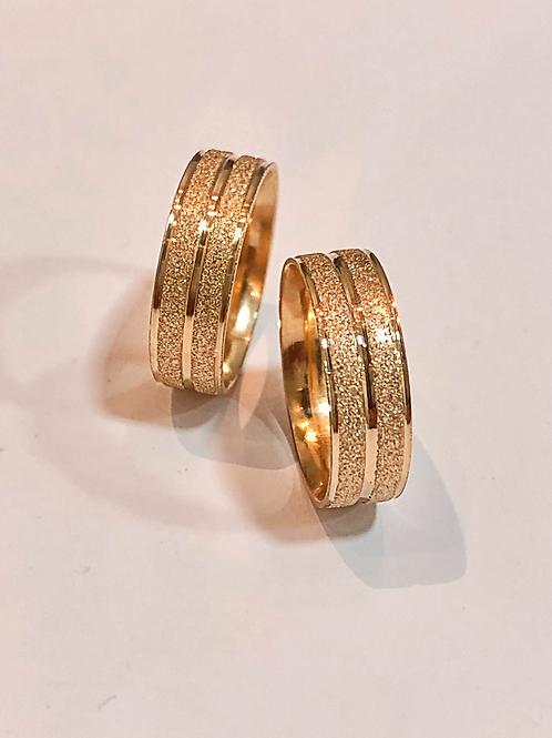 Par de Aliança de Ouro 18k (6mm) - Quadrada com frisos diamantados