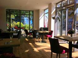 "Cafe Bar Restaurant ""NEVA"""