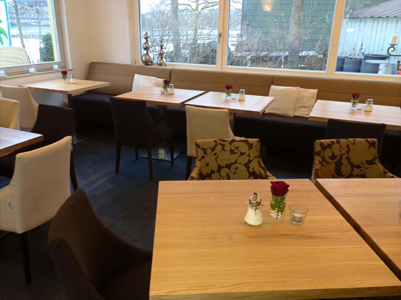 - Cafe Bar Restaurant