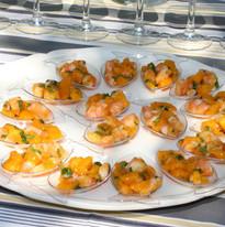 Cuillères de crevettes à la mangue
