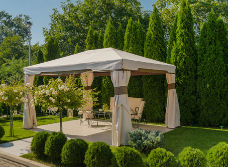 4 Ways to Dress Up your Outdoor Pergolas