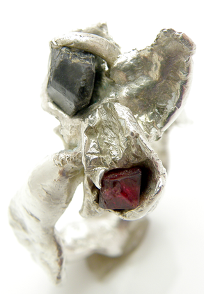Alexandrite & Red Spittle Ring