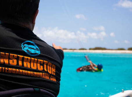 Why you should take a kitesurfing lesson with a certified instructor/school?