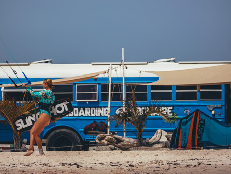 Why you should take a kitesurf lesson at Kiteboarding Bonaire.