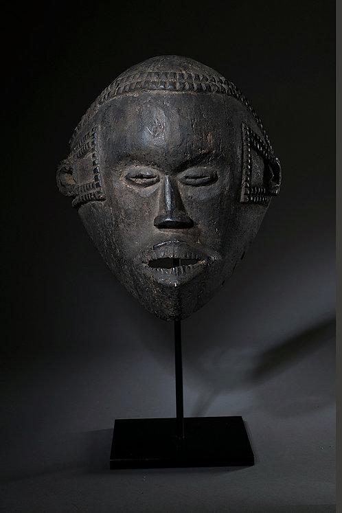 Masque Idoma