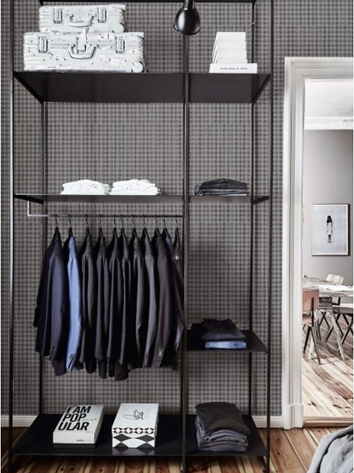 String on Houndstooth