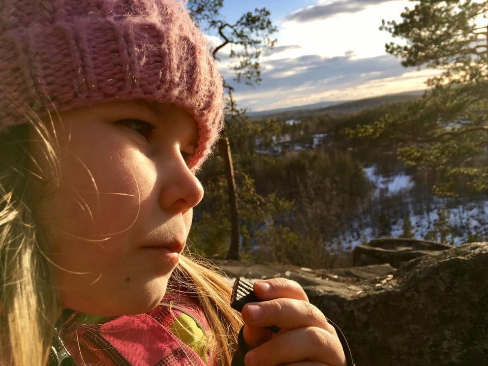 Tyttäreni Pinja-Maria Kanavuorella keväälä 2017.